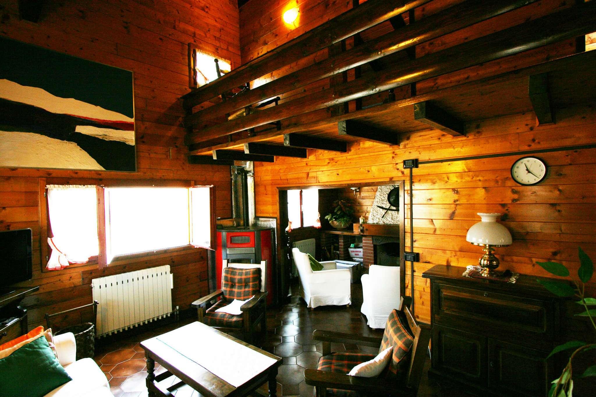 Villa in vendita a Oltre il Colle, 6 locali, prezzo € 248.000 | Cambio Casa.it