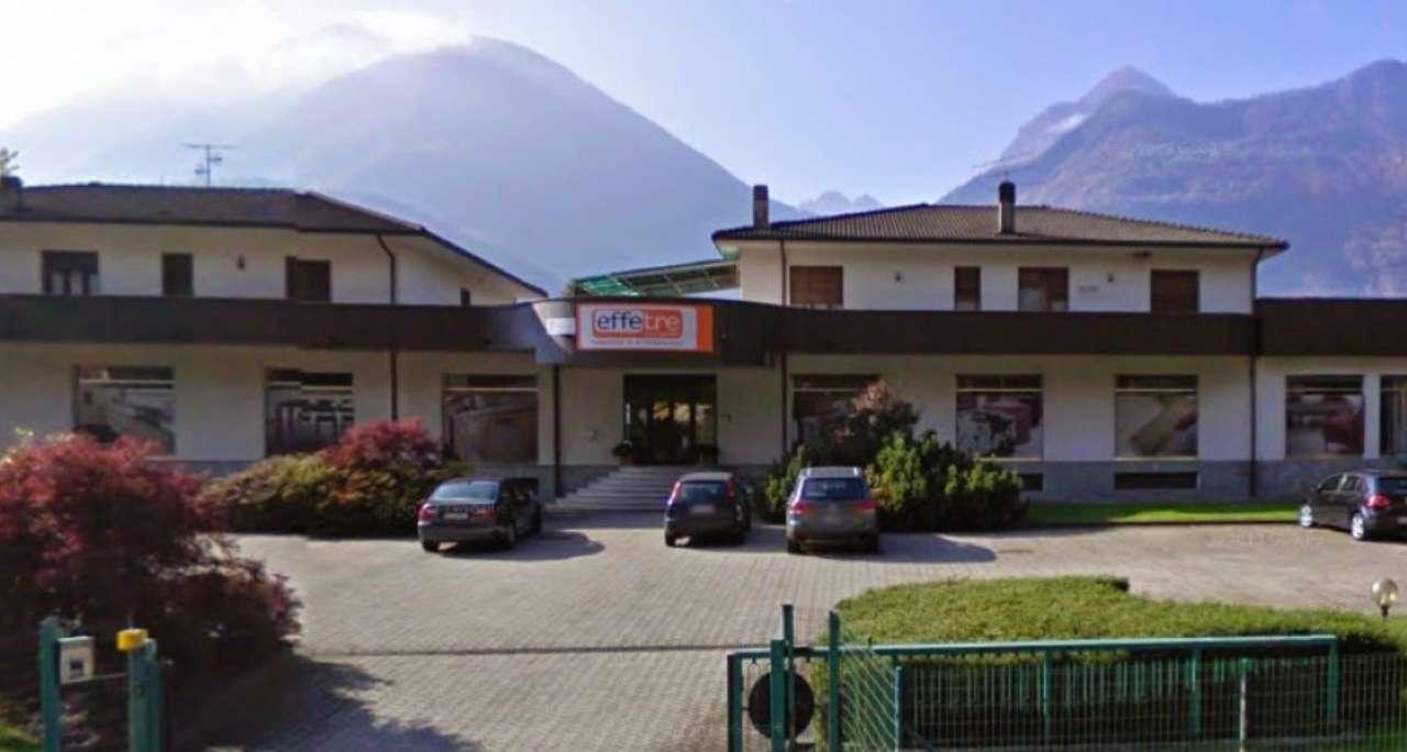 Immobile Commerciale in vendita a Prata Camportaccio, 20 locali, Trattative riservate | Cambio Casa.it
