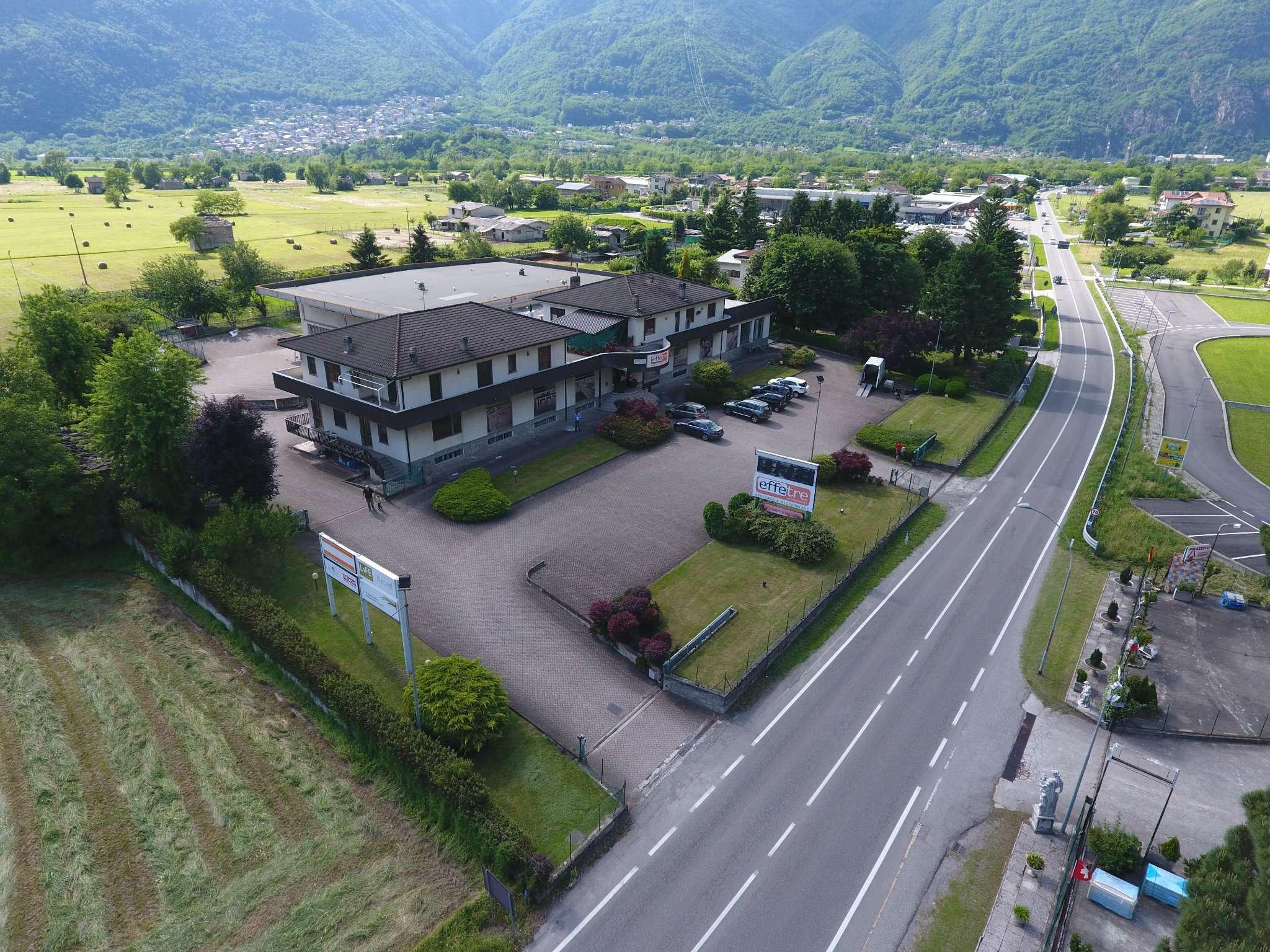 Immobile Commerciale in vendita a Prata Camportaccio, 20 locali, Trattative riservate | CambioCasa.it