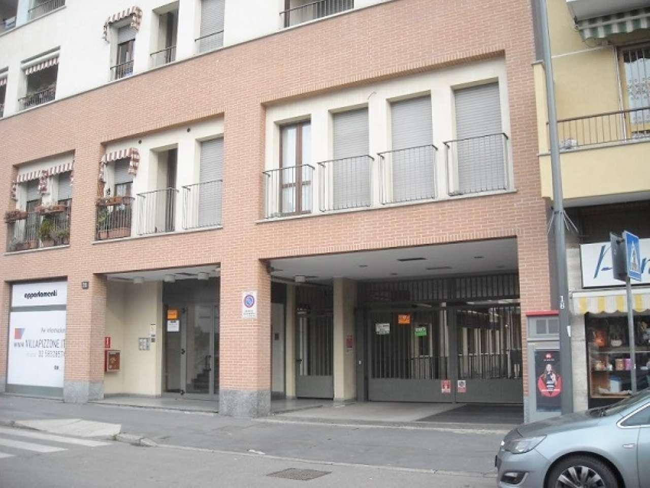 Box / Garage in affitto a Milano, 17 locali, zona Zona: 17 . Quarto Oggiaro, Villapizzone, Certosa, Vialba, prezzo € 110 | Cambio Casa.it