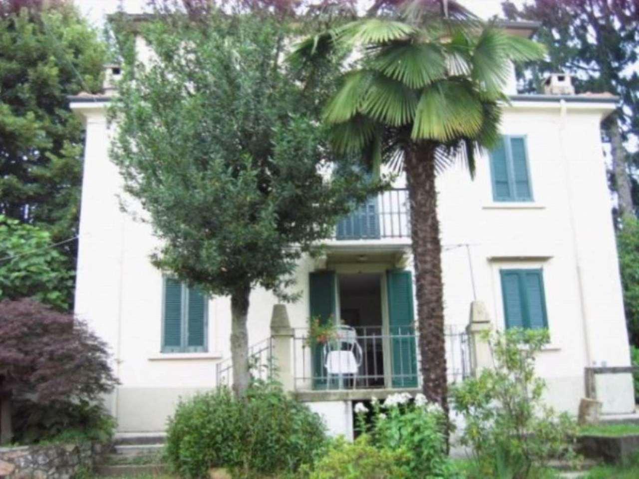 Rustico / Casale in vendita a Induno Olona, 6 locali, prezzo € 330.000 | Cambio Casa.it