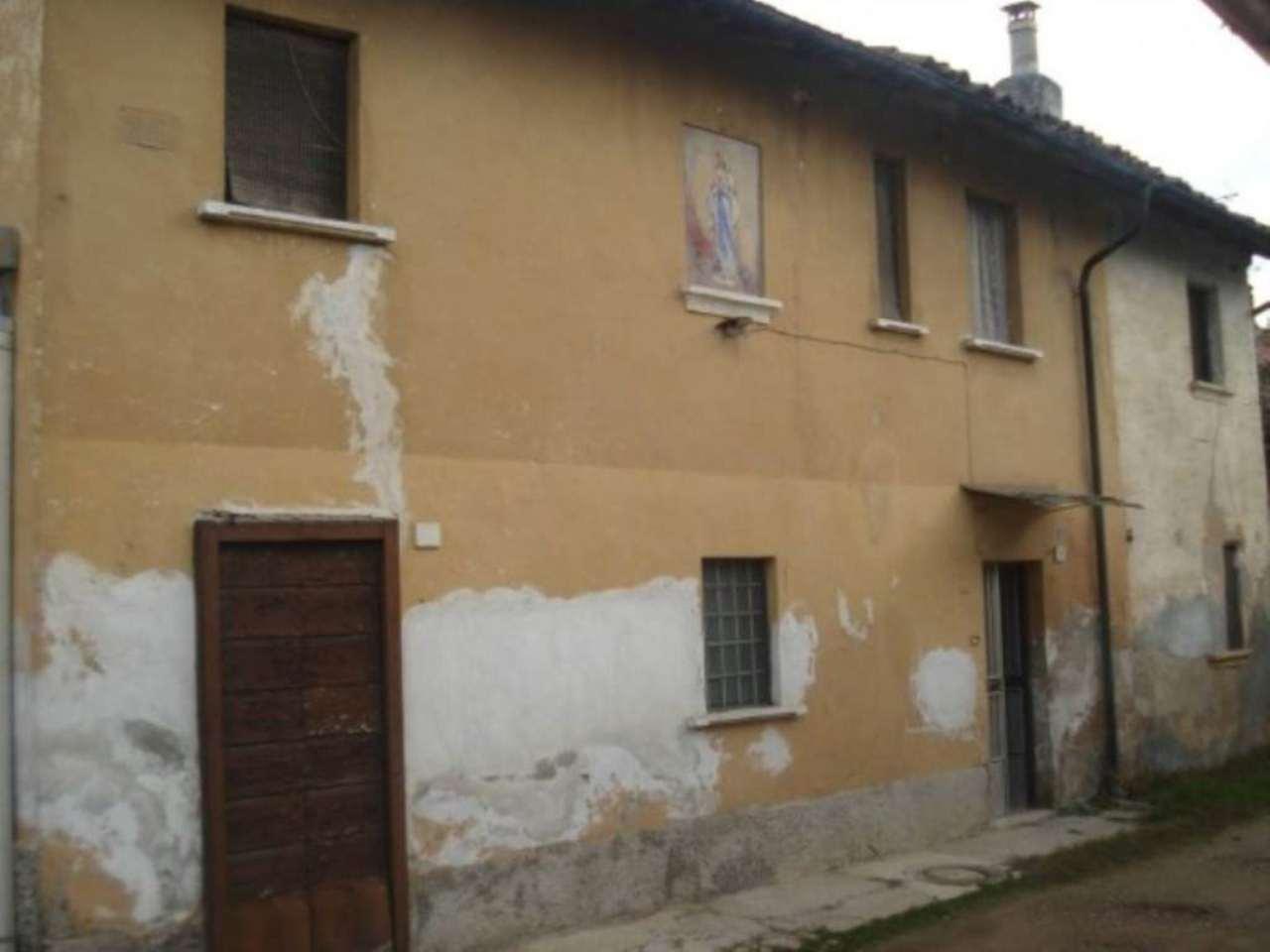 Rustico / Casale in vendita a Bereguardo, 6 locali, prezzo € 48.000 | Cambio Casa.it