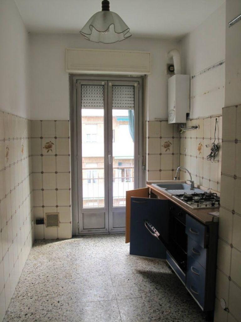 Appartamento in affitto a Cesano Boscone, 2 locali, prezzo € 550 | Cambio Casa.it