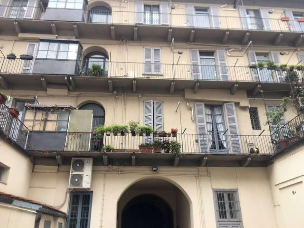 Magazzino in Affitto a Milano 08 Vercelli / Magenta / Cadorna / Washington: 4 locali, 140 mq