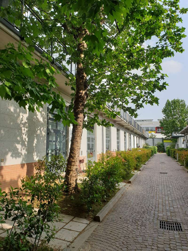 Laboratorio in Affitto a Milano 30 Niguarda / Bovisasca / Testi / Bruzzano / Affori / Comasina: 2 locali, 95 mq
