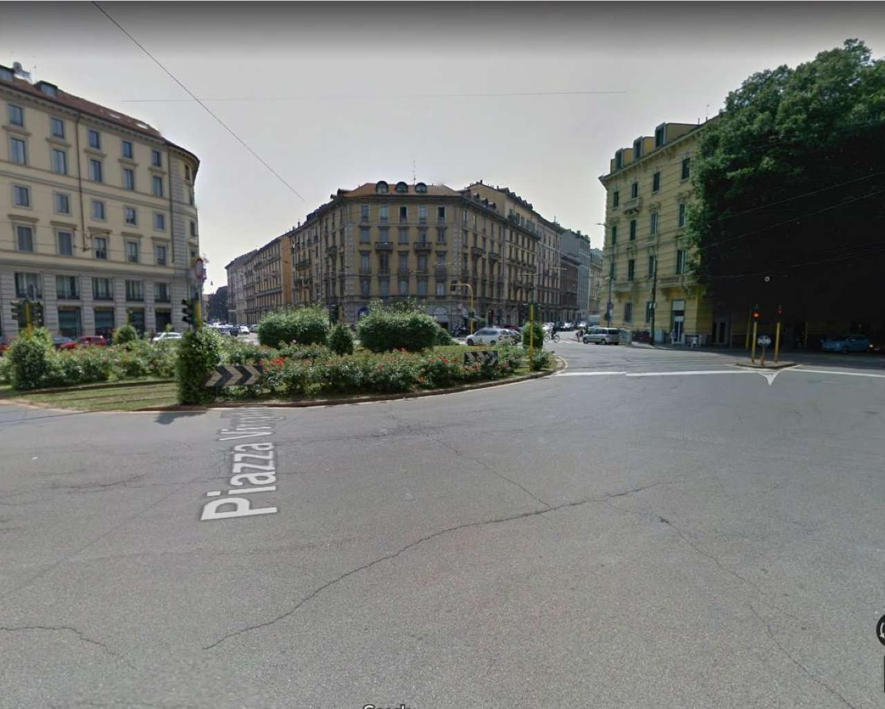 Posto-box auto in Affitto a Milano 08 Vercelli / Magenta / Cadorna / Washington: 2 mq