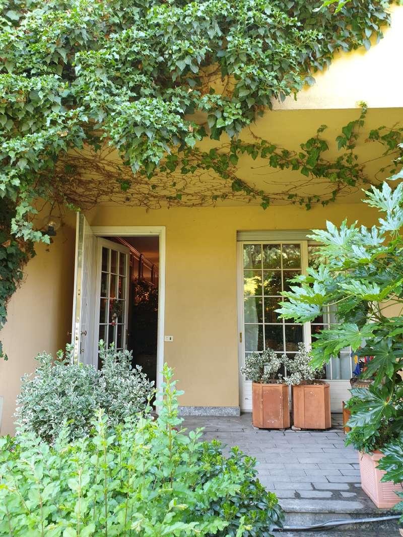 Villa in Vendita a Milano 18 Ippodromo / San Siro / Zavattari: 5 locali, 350 mq