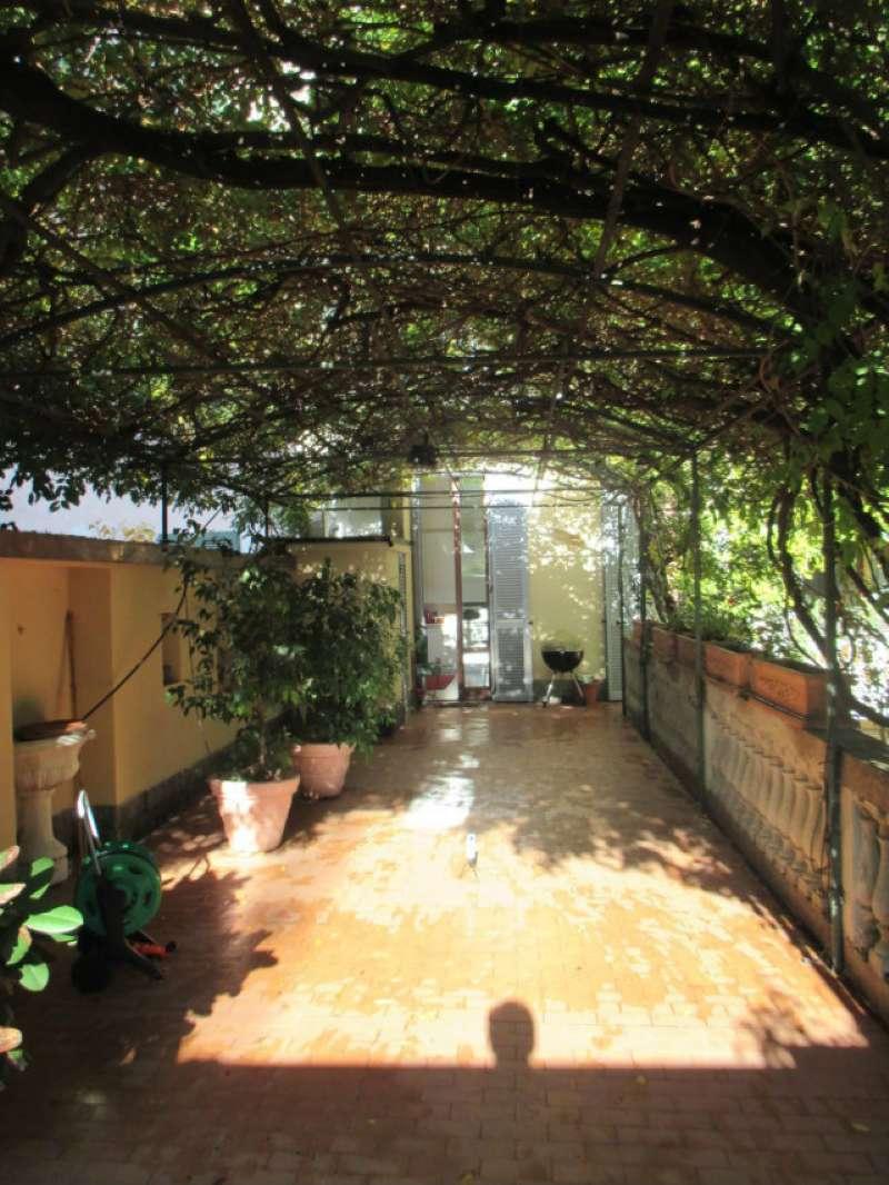 Appartamento in Affitto a Milano 08 Vercelli / Magenta / Cadorna / Washington: 4 locali, 185 mq