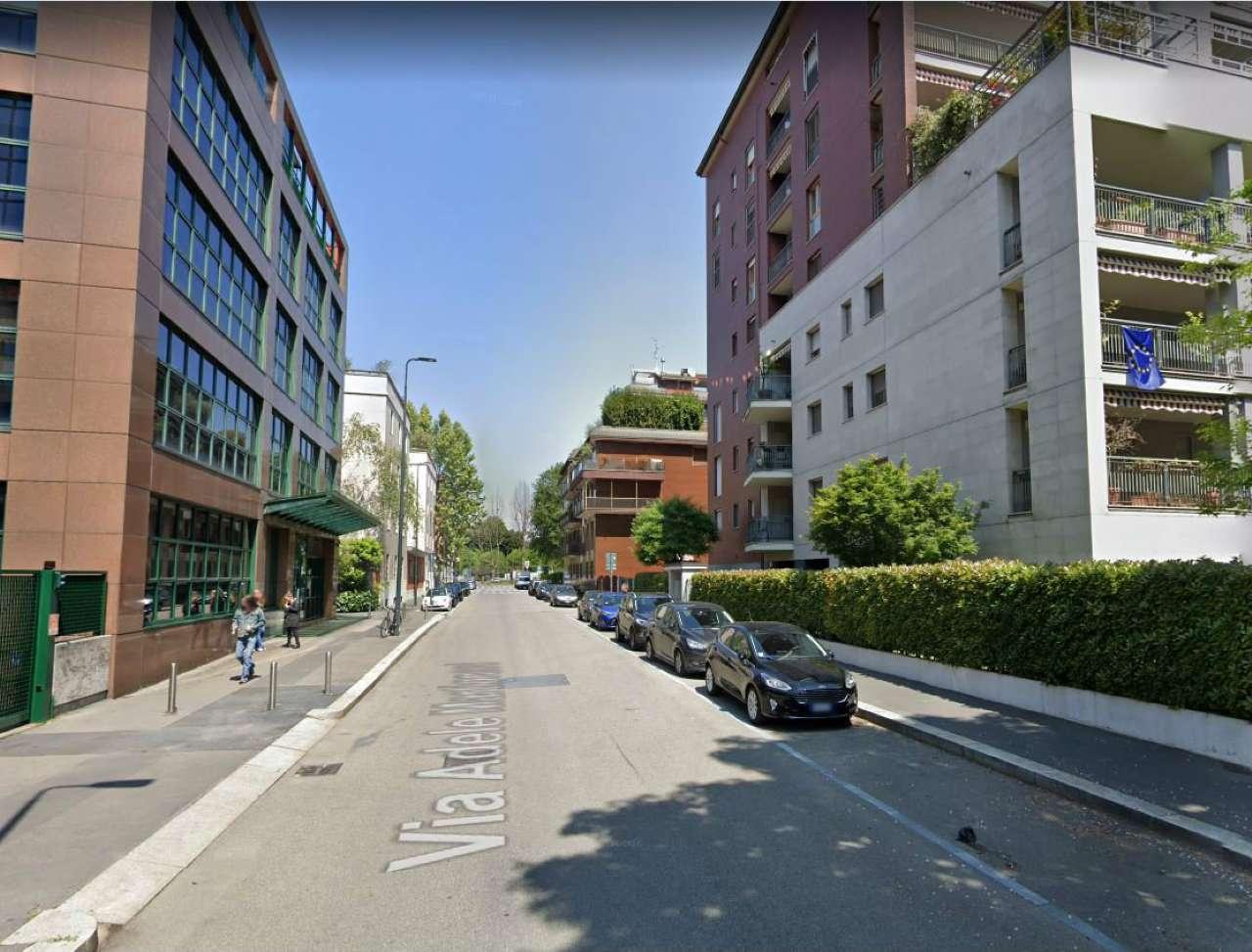 Posto-box auto in Vendita a Milano 30 Niguarda / Bovisasca / Testi / Bruzzano / Affori / Comasina: 1 locali, 22 mq
