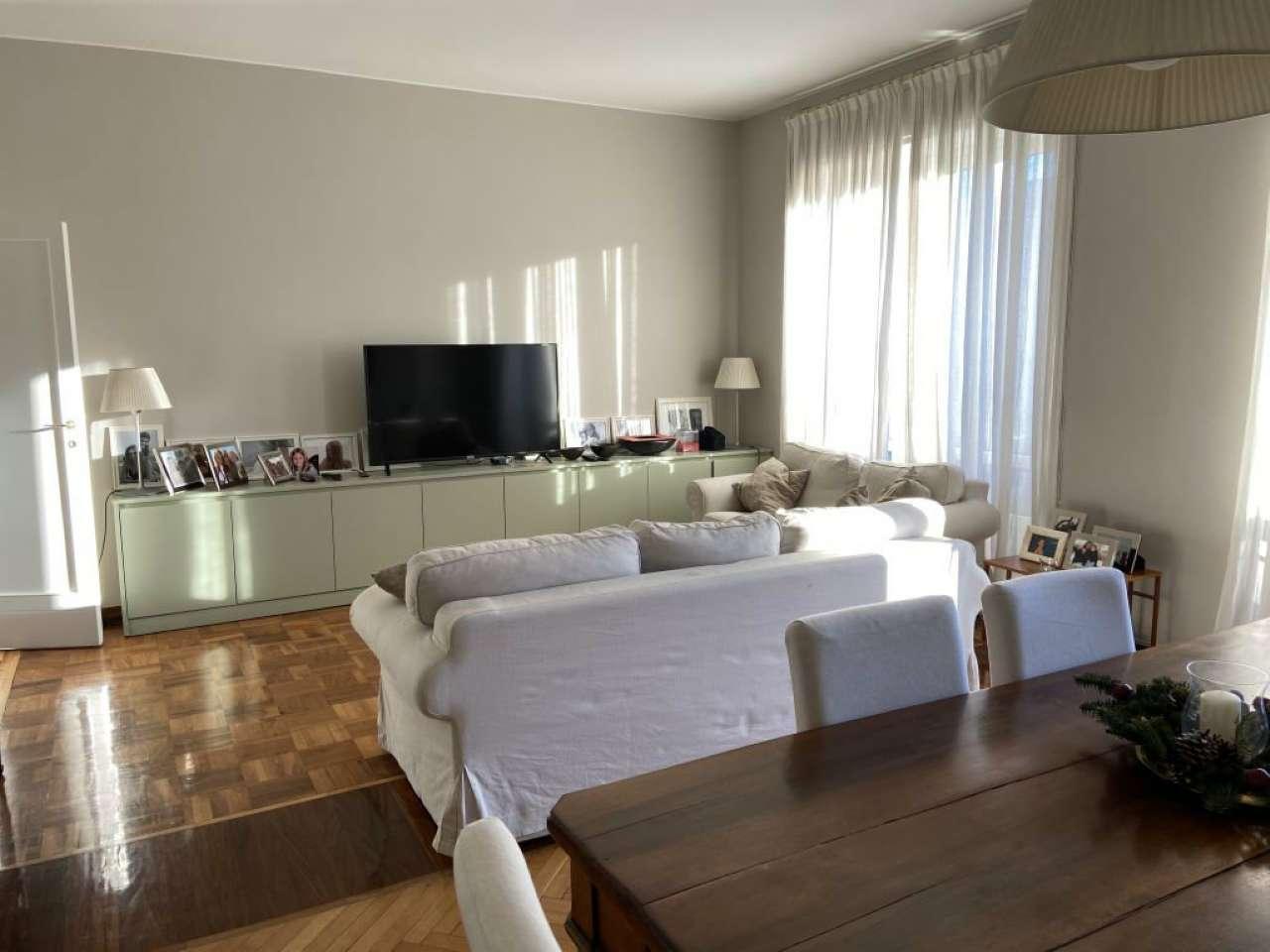 Appartamento in Affitto a Milano 06 Italia / Porta Romana / Bocconi / Lodi: 4 locali, 150 mq