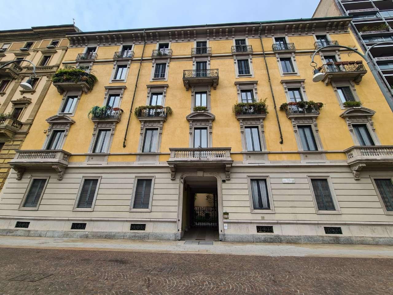 Ufficio-studio in Affitto a Milano 01 Centro storico (Cerchia dei Navigli): 2 locali, 80 mq