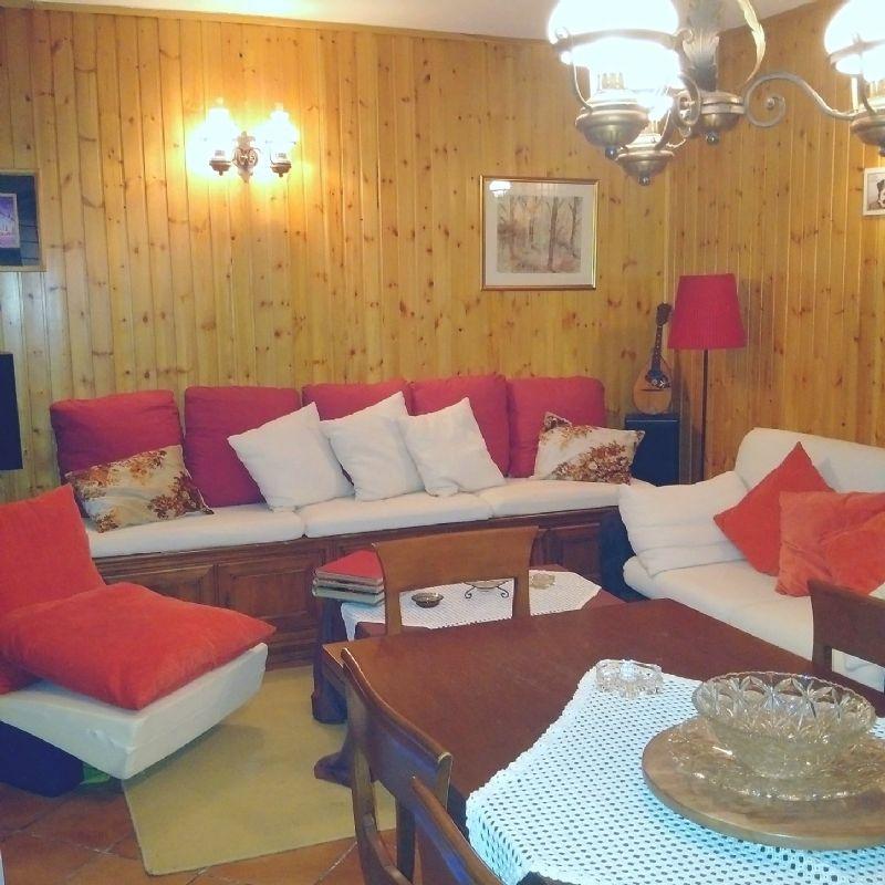 Villa in Vendita a Cassina De'Pecchi: 5 locali, 291 mq