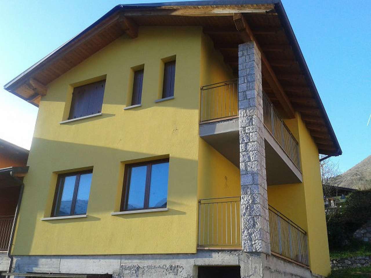 Villa in Vendita a Cerveno