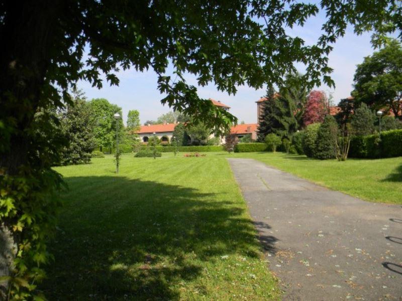 Villa in vendita a Monza, 6 locali, zona Zona: 7 . San Biagio, Cazzaniga, prezzo € 1.100.000 | Cambiocasa.it