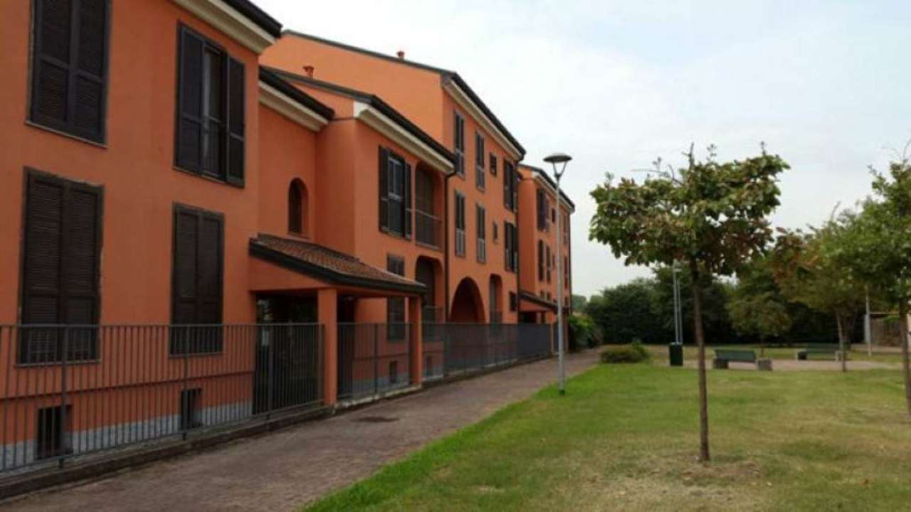 Bilocale San Donato Milanese Via Berlinguer 9