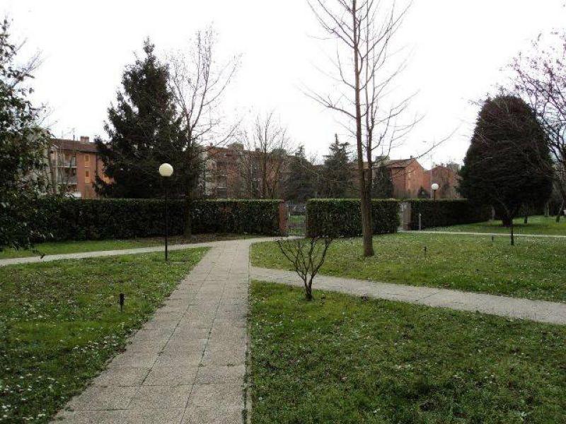 Bilocale San Giuliano Milanese Via Settembrini 10