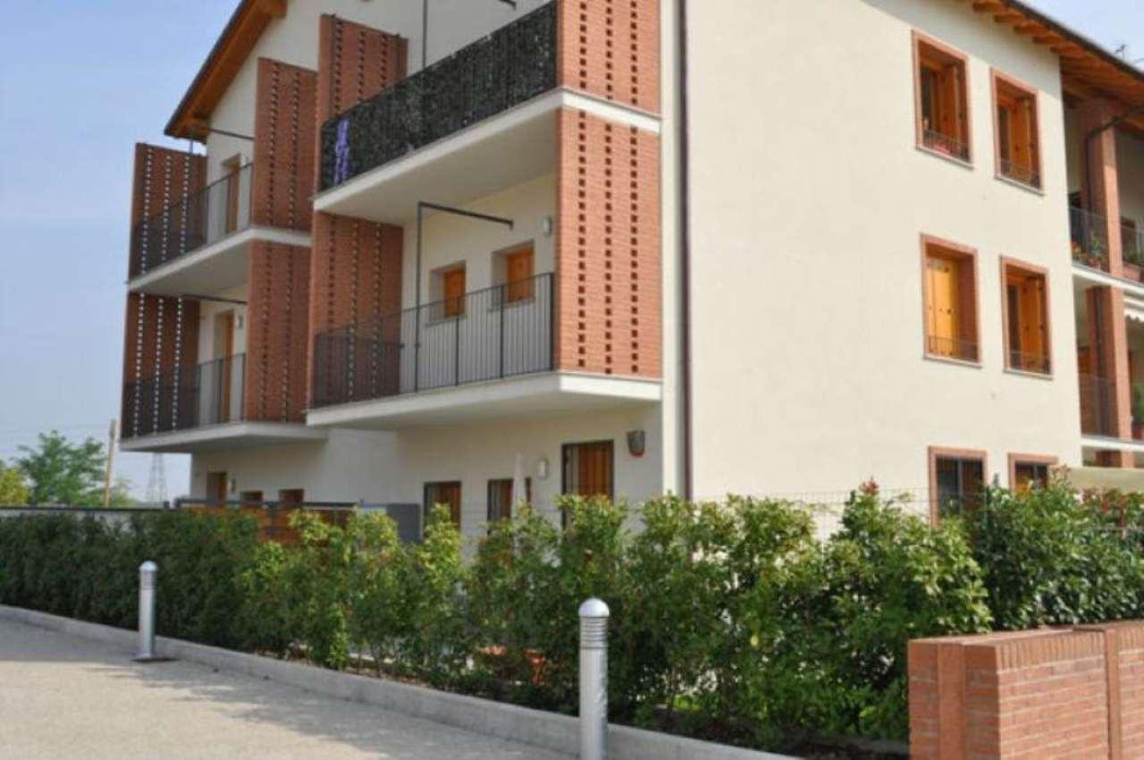Bilocale San Donato Milanese Via Delle Cascine 2