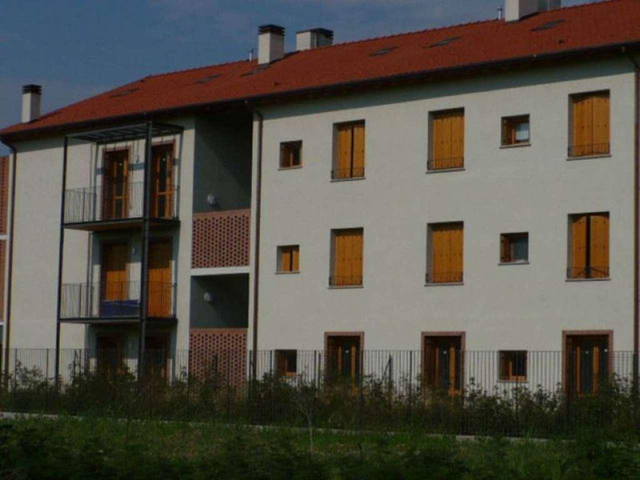Bilocale San Donato Milanese Via Delle Cascine 10