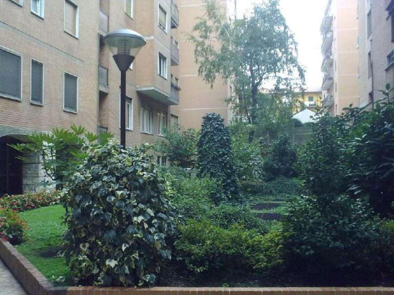 Bilocale Milano Via Ripamonti 4