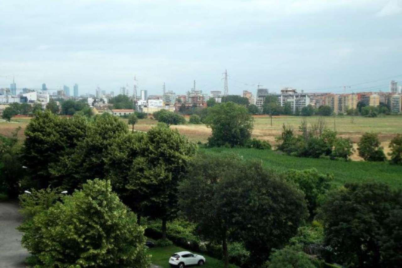 Bilocale Milano Via Mezzanotte 13