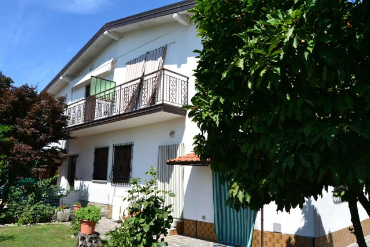 Villa in vendita a San Giuliano Milanese, 4 locali, prezzo € 260.000 | CambioCasa.it