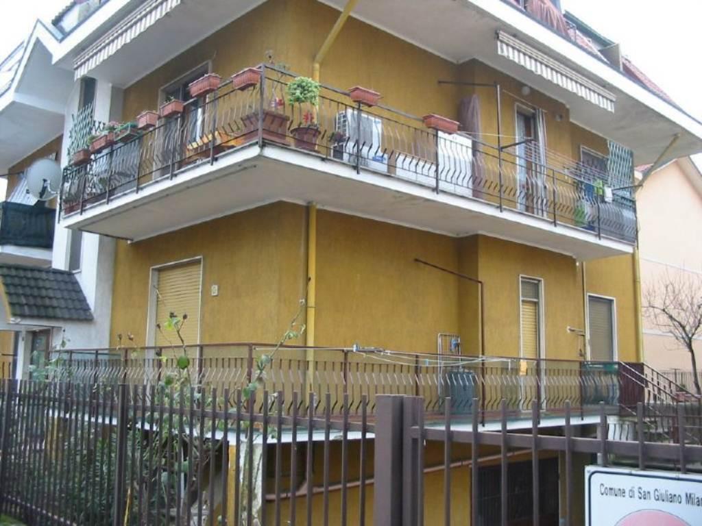 Bilocale San Giuliano Milanese Via Maroncelli 1