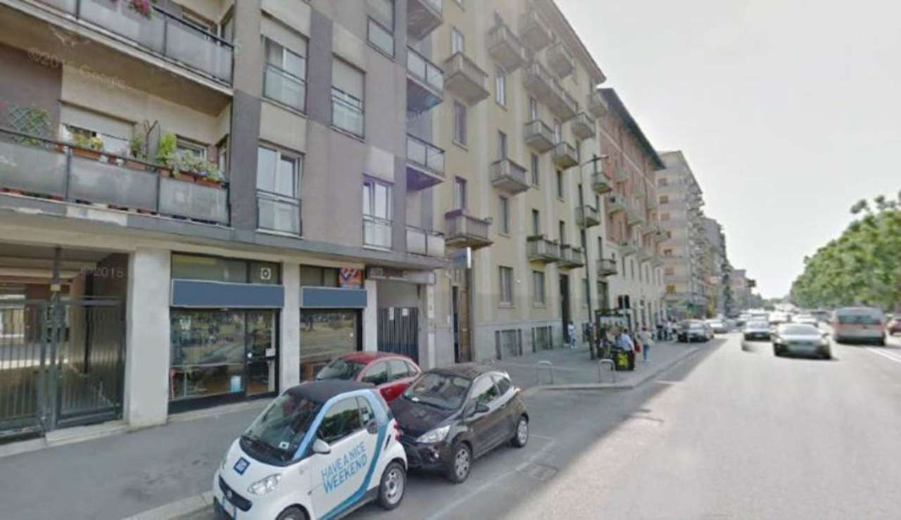 Immobile commerciale milano vendita 900000 euro zona 7 03 for Officina garage indipendente