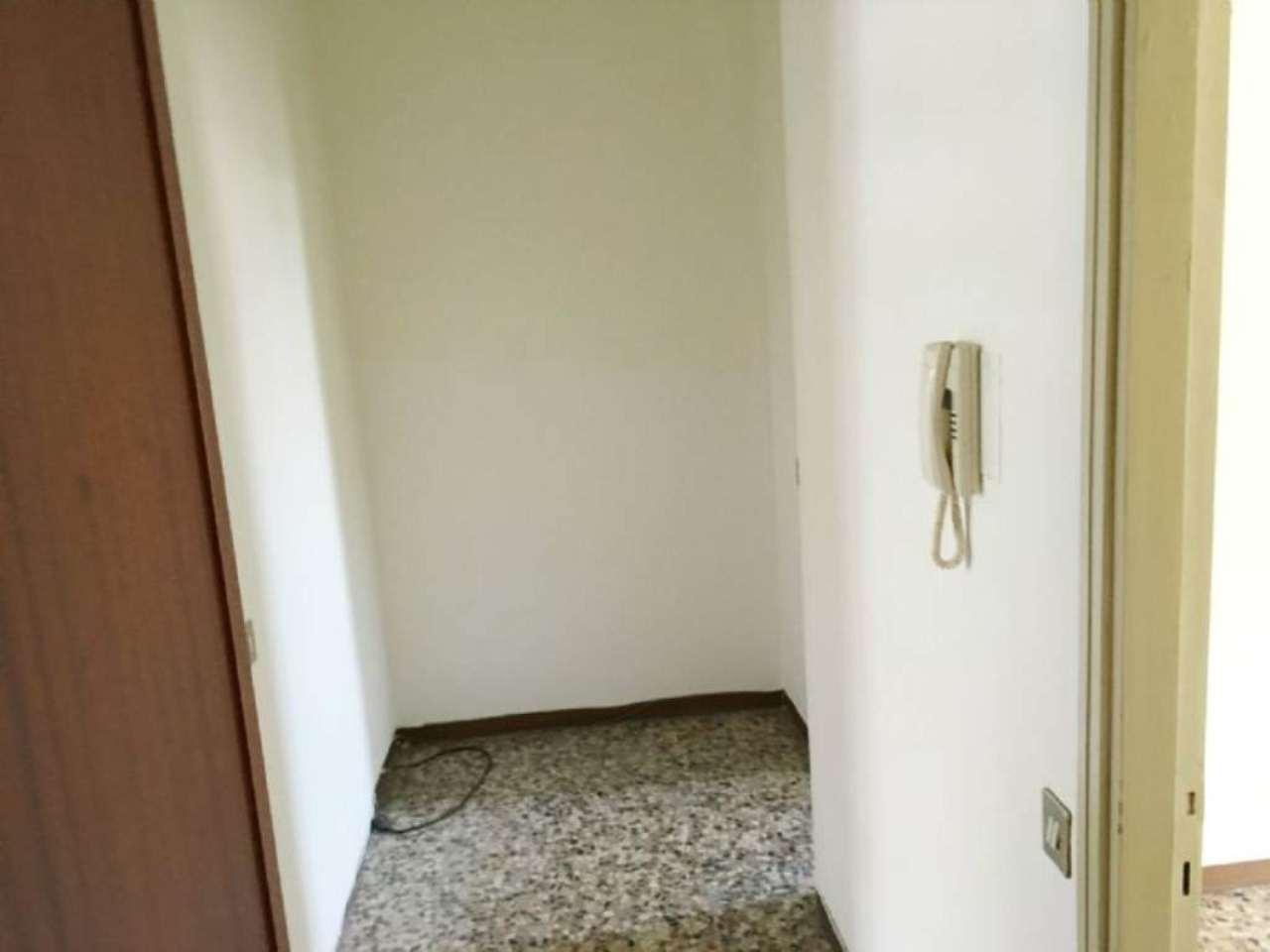 Bilocale Milano Via Vincenzo Da Seregno 5