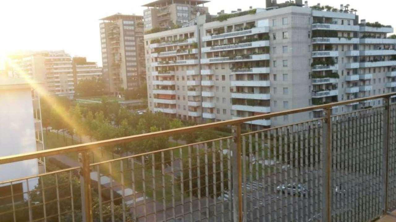 Bilocale Milano Via Spadolini 12