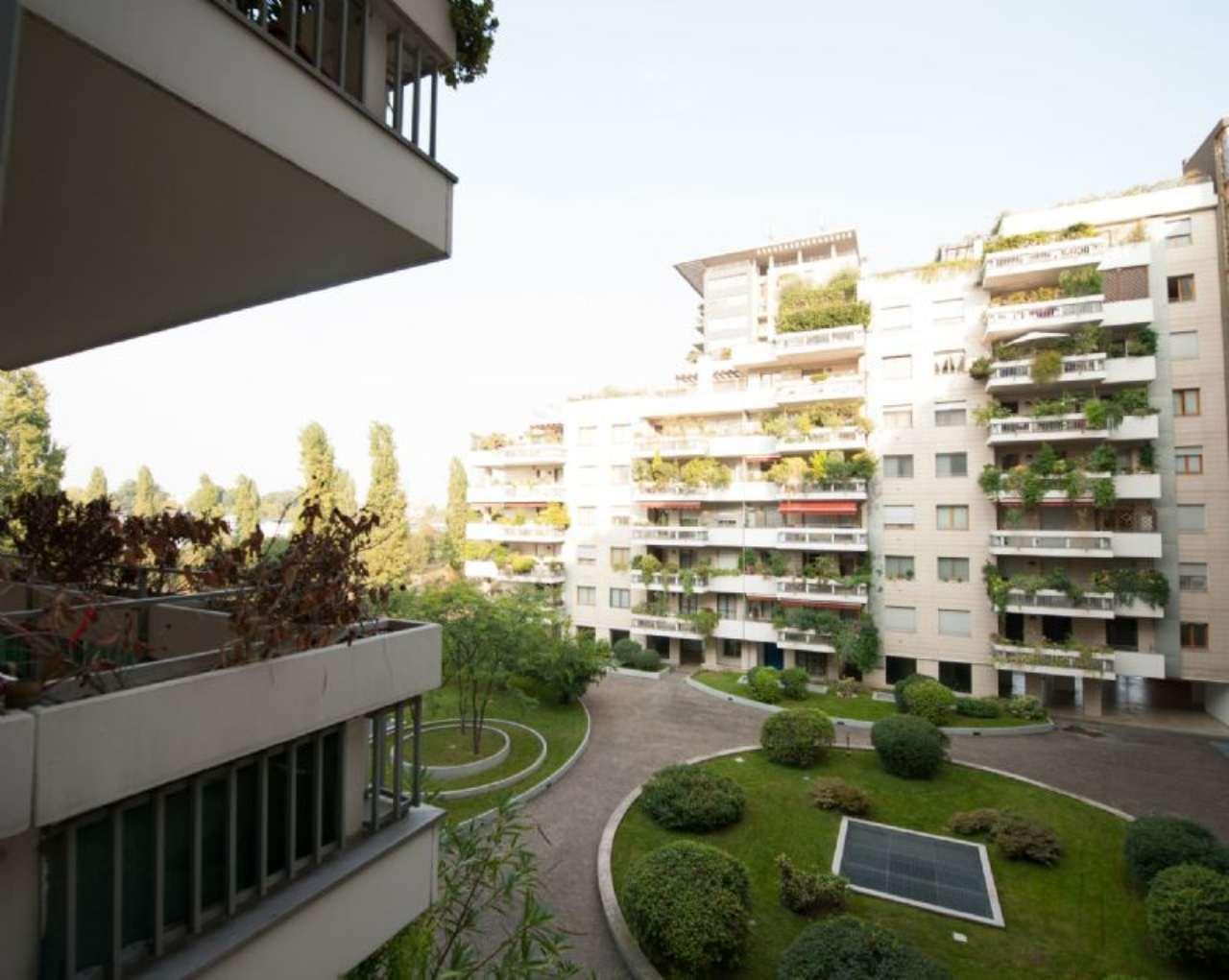 Bilocale Milano Via Spadolini 7