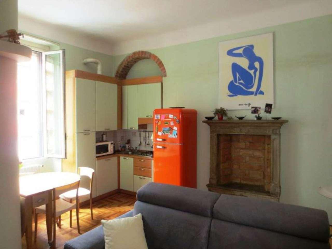 Bilocale Milano Via Stendhal 7