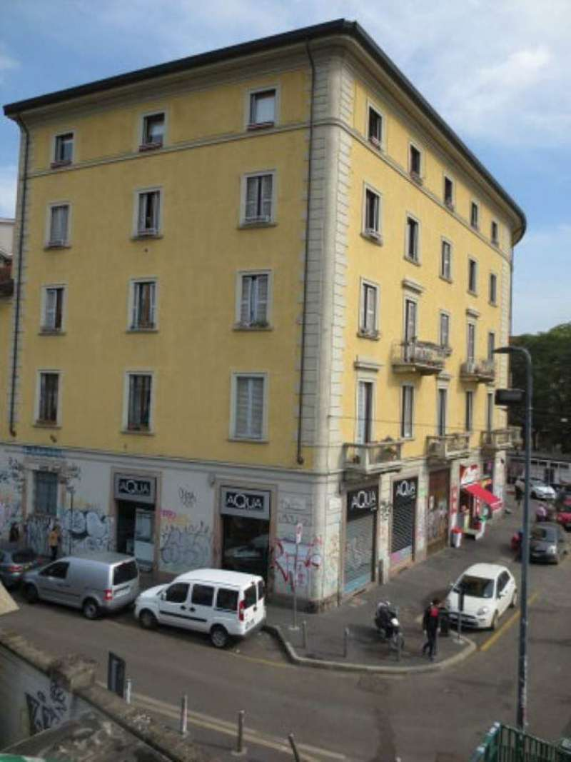 Bilocale Milano Via Vigevano 7