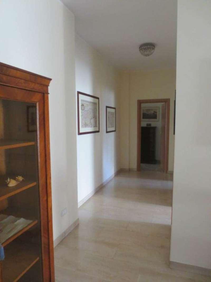 Bilocale Milano Via Ascanio Sforza 7
