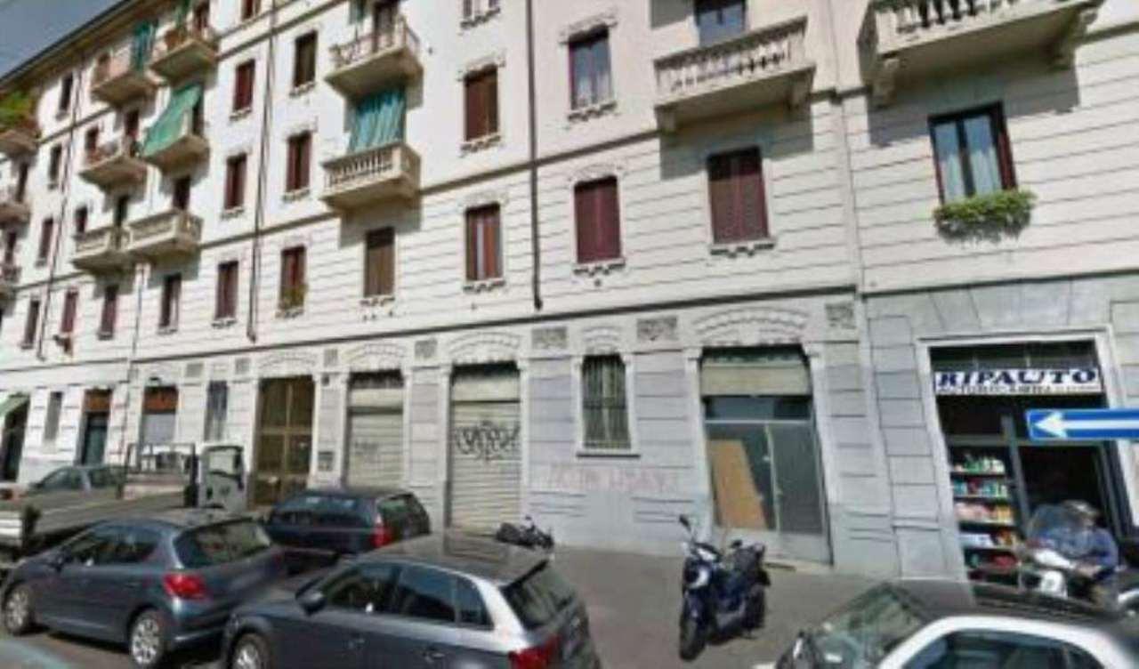 Bilocale Milano Via Carlo D'adda 6