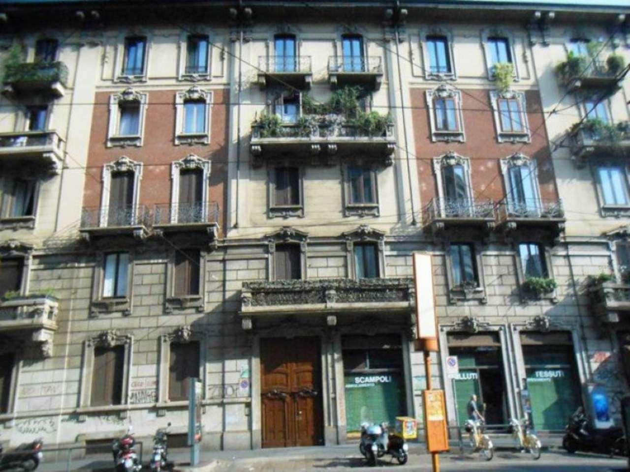 Bilocale Milano Via Settembrini 9
