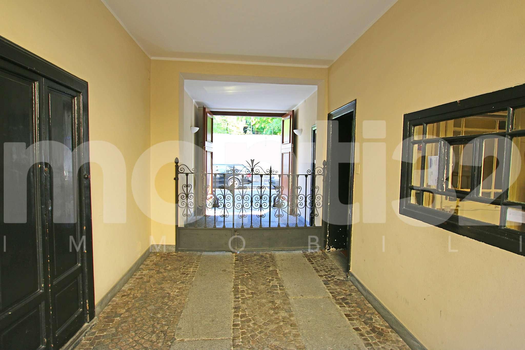 Bilocale Milano Via Scarpa 10