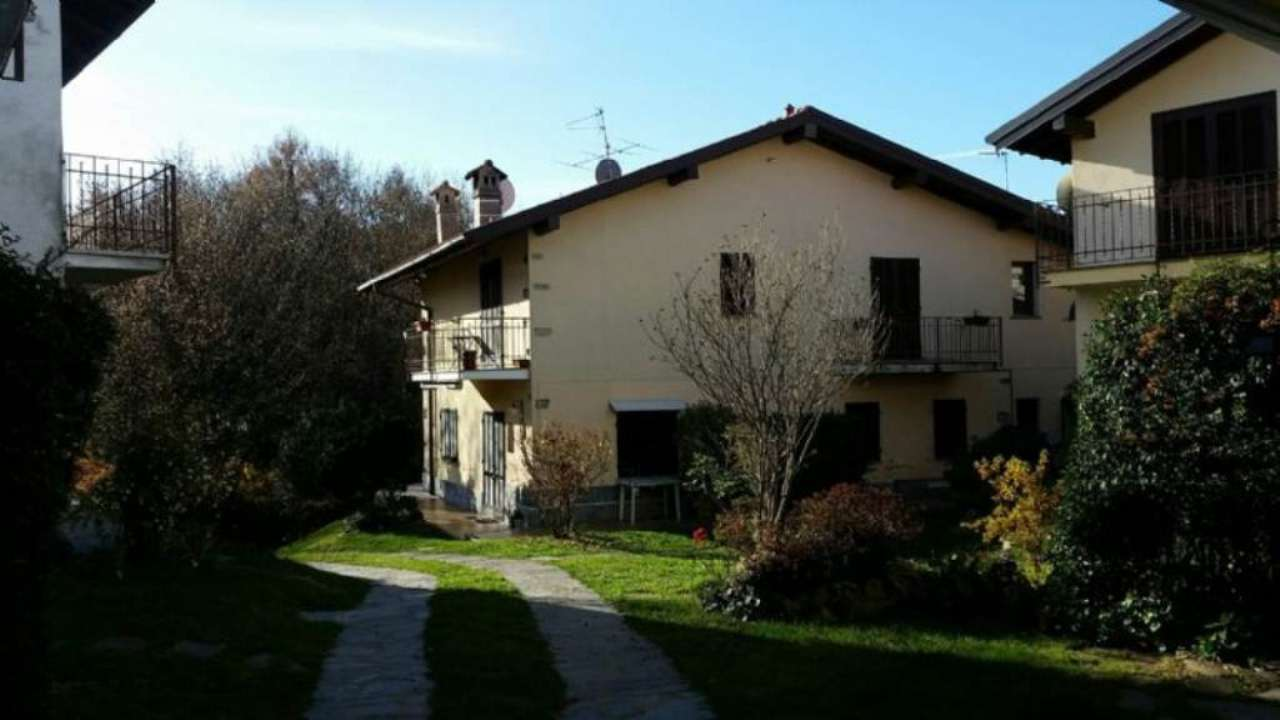 Soluzione Indipendente in vendita a Verbania, 3 locali, prezzo € 165.000   Cambio Casa.it
