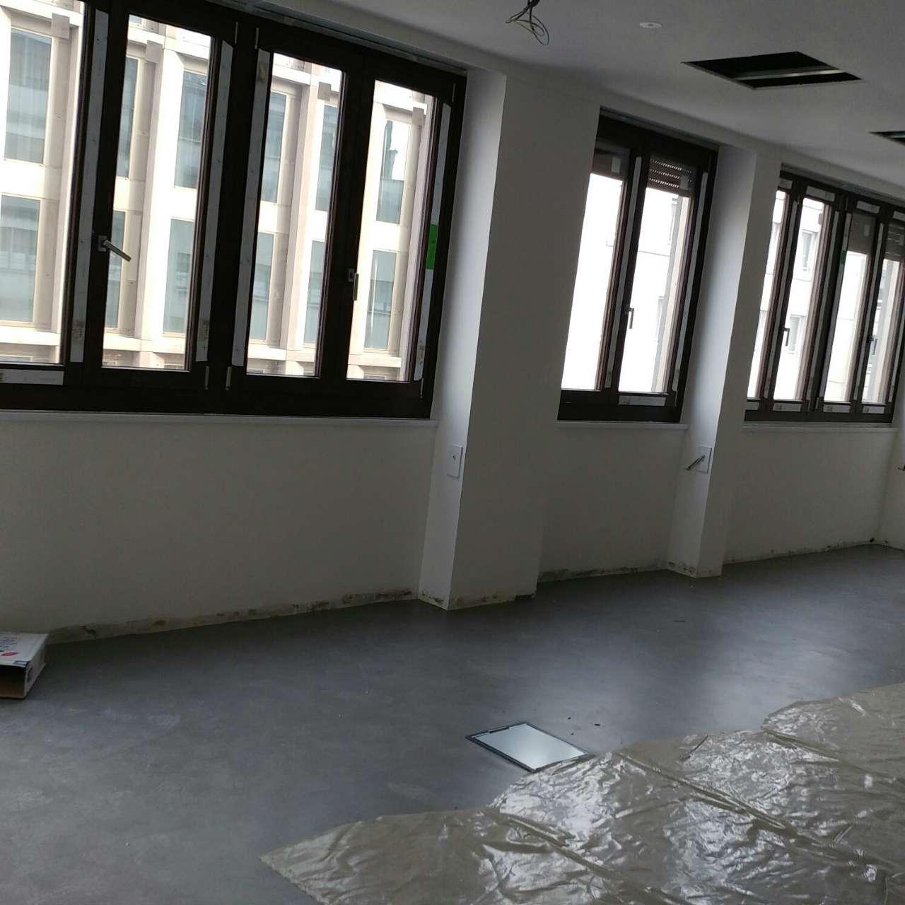 Ufficio / Studio in affitto a Milano, 3 locali, zona Zona: 2 . Repubblica, Stazione Centrale, P.ta Nuova, B. Marcello, prezzo € 4.500 | Cambio Casa.it