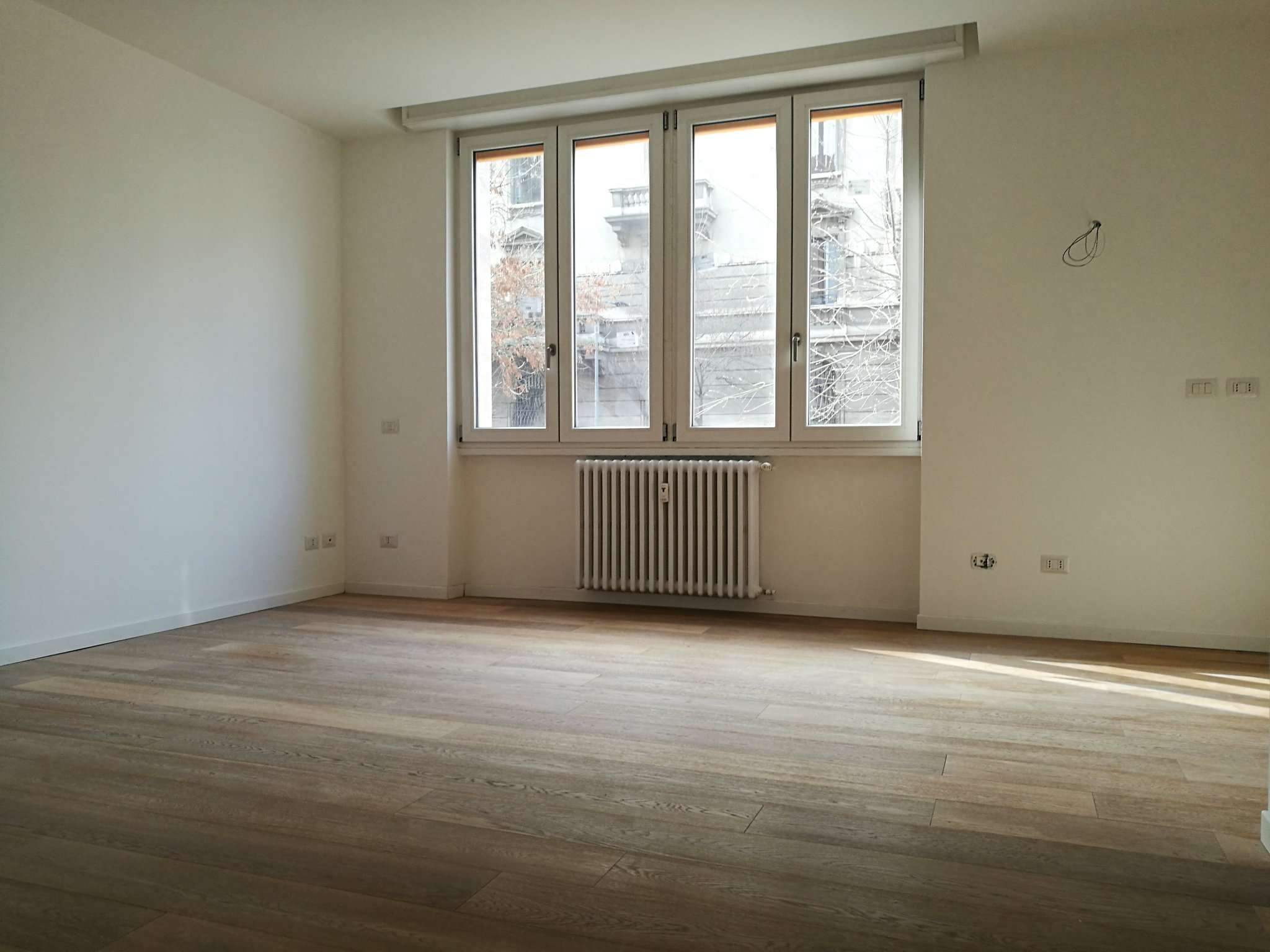Appartamento in vendita a Milano, 2 locali, zona Zona: 15 . Fiera, Firenze, Sempione, Pagano, Amendola, Paolo Sarpi, Arena, prezzo € 245.000 | Cambio Casa.it