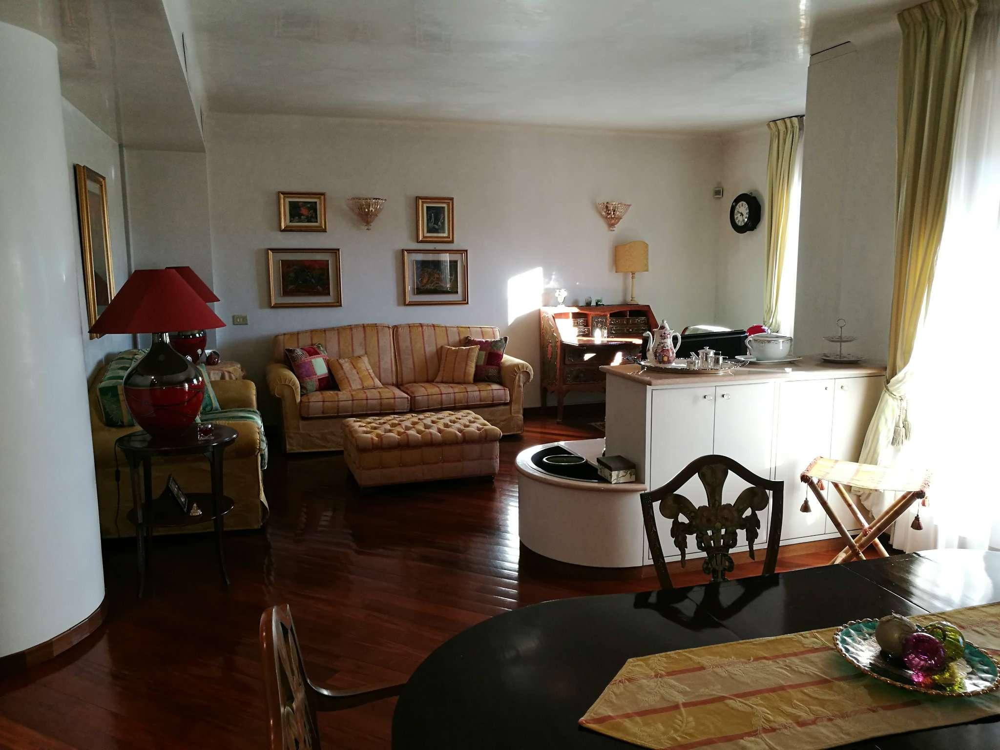 Appartamento in vendita a Milano, 4 locali, zona Zona: 14 . Lotto, Novara, San Siro, QT8 , Montestella, Rembrandt, prezzo € 580.000   Cambio Casa.it