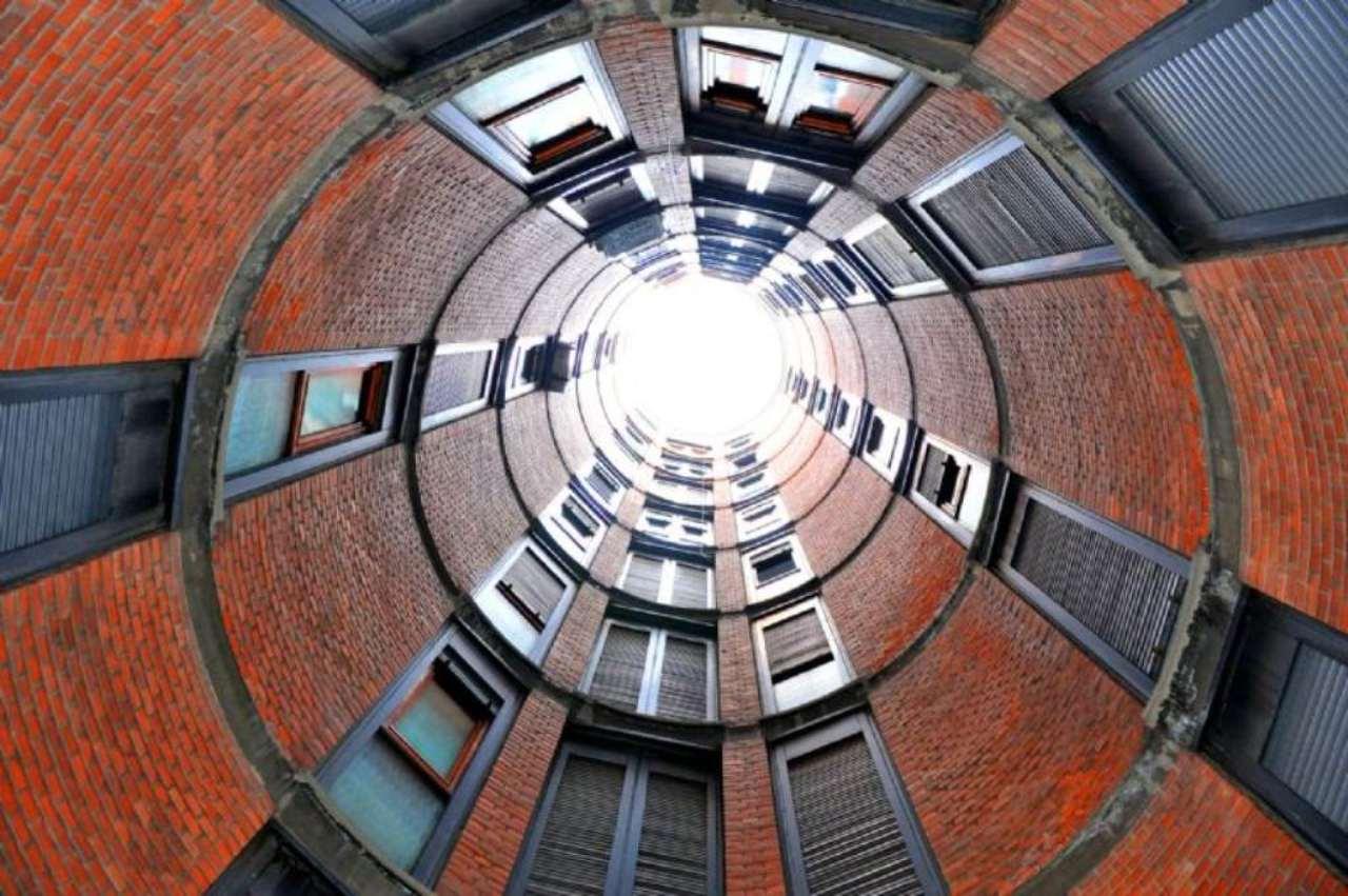 Appartamento in Vendita a Milano 06 Italia / Porta Romana / Bocconi / Lodi: 5 locali, 185 mq