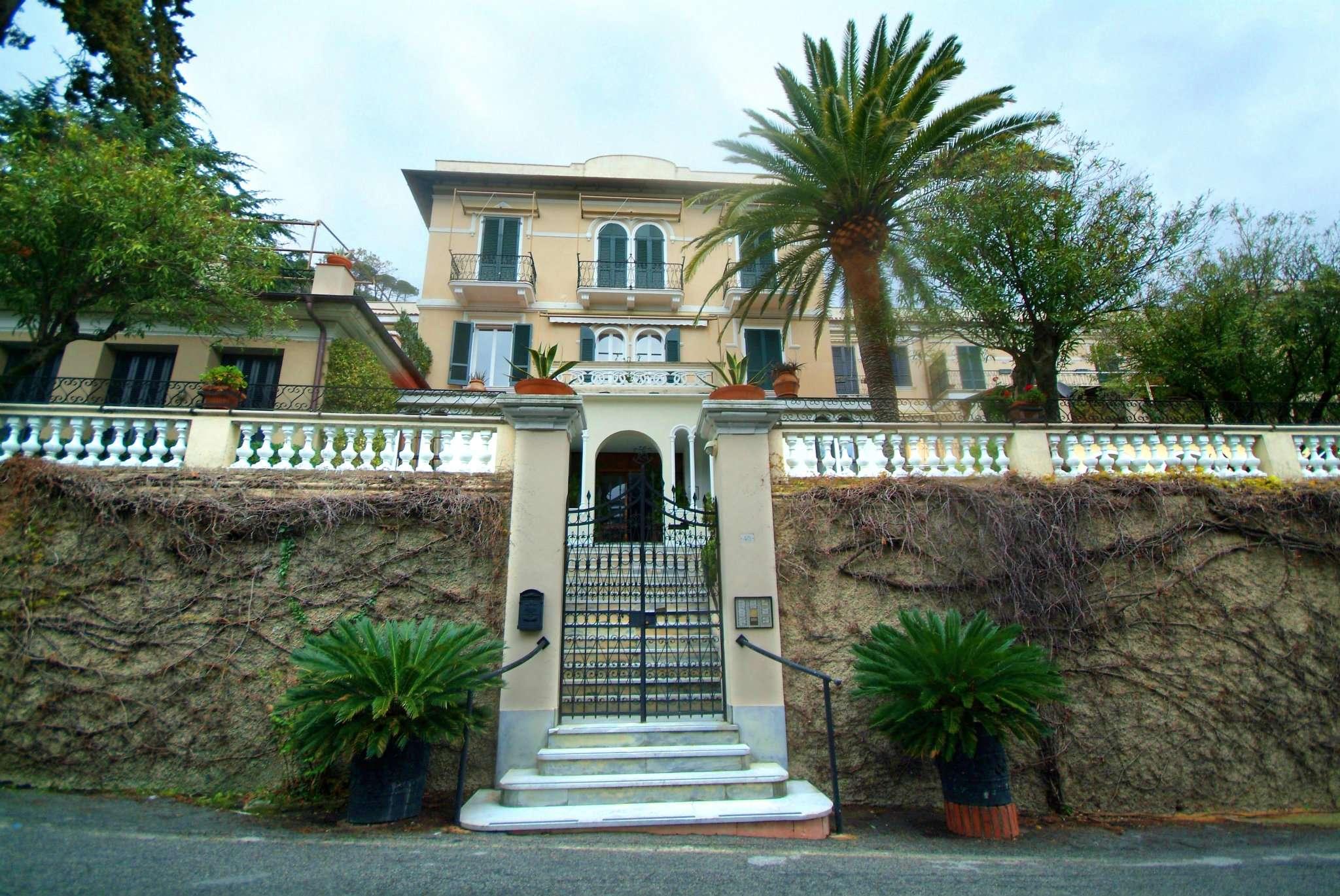 Appartamento in vendita a Levanto, 3 locali, prezzo € 350.000 | CambioCasa.it