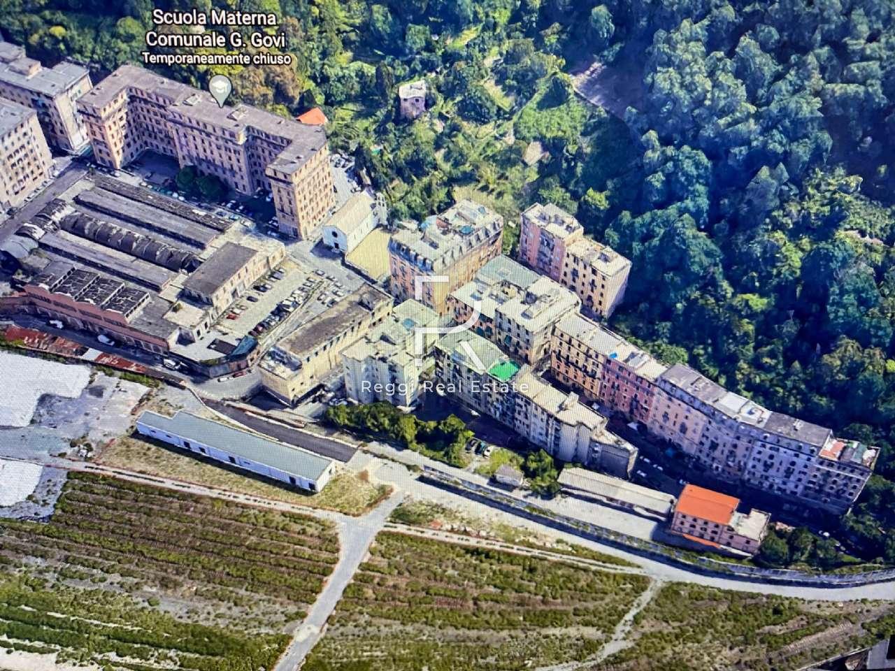 Palazzo in Vendita a Genova Periferia: 5 locali, 1350 mq