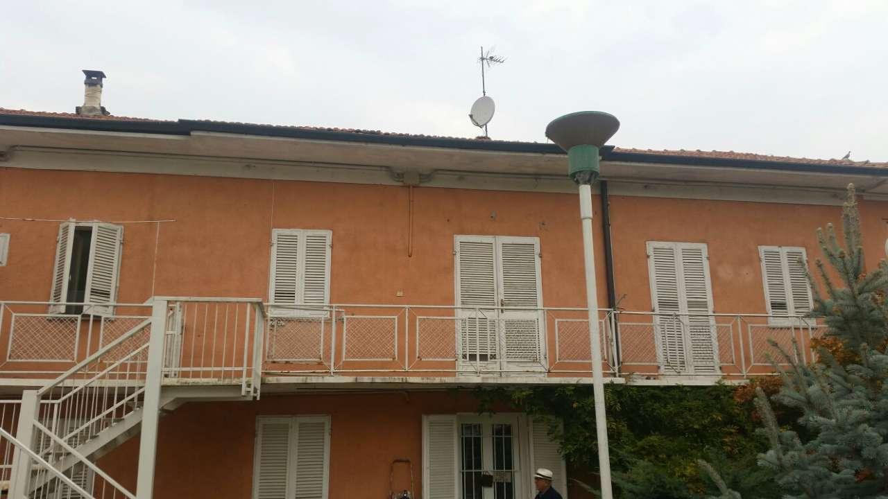 Foto 1 di Trilocale Piazza Rimembranza, Lombriasco