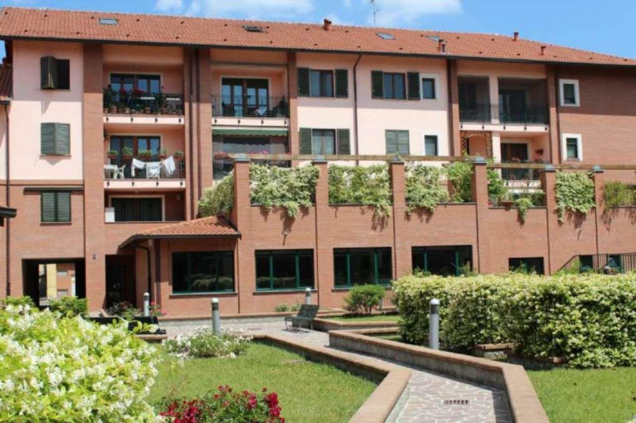 Bilocale Milano Via Via Sant'abbondio 2
