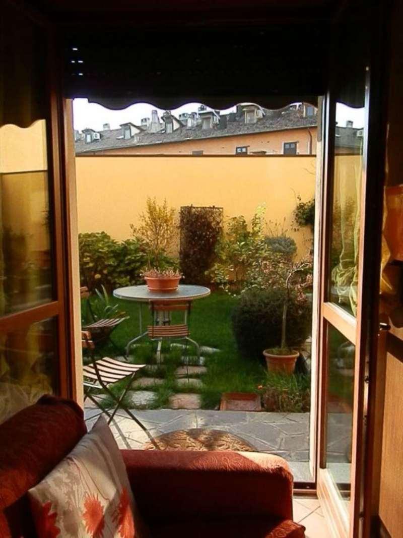 Bilocale Milano Via Sant'abbondio 10