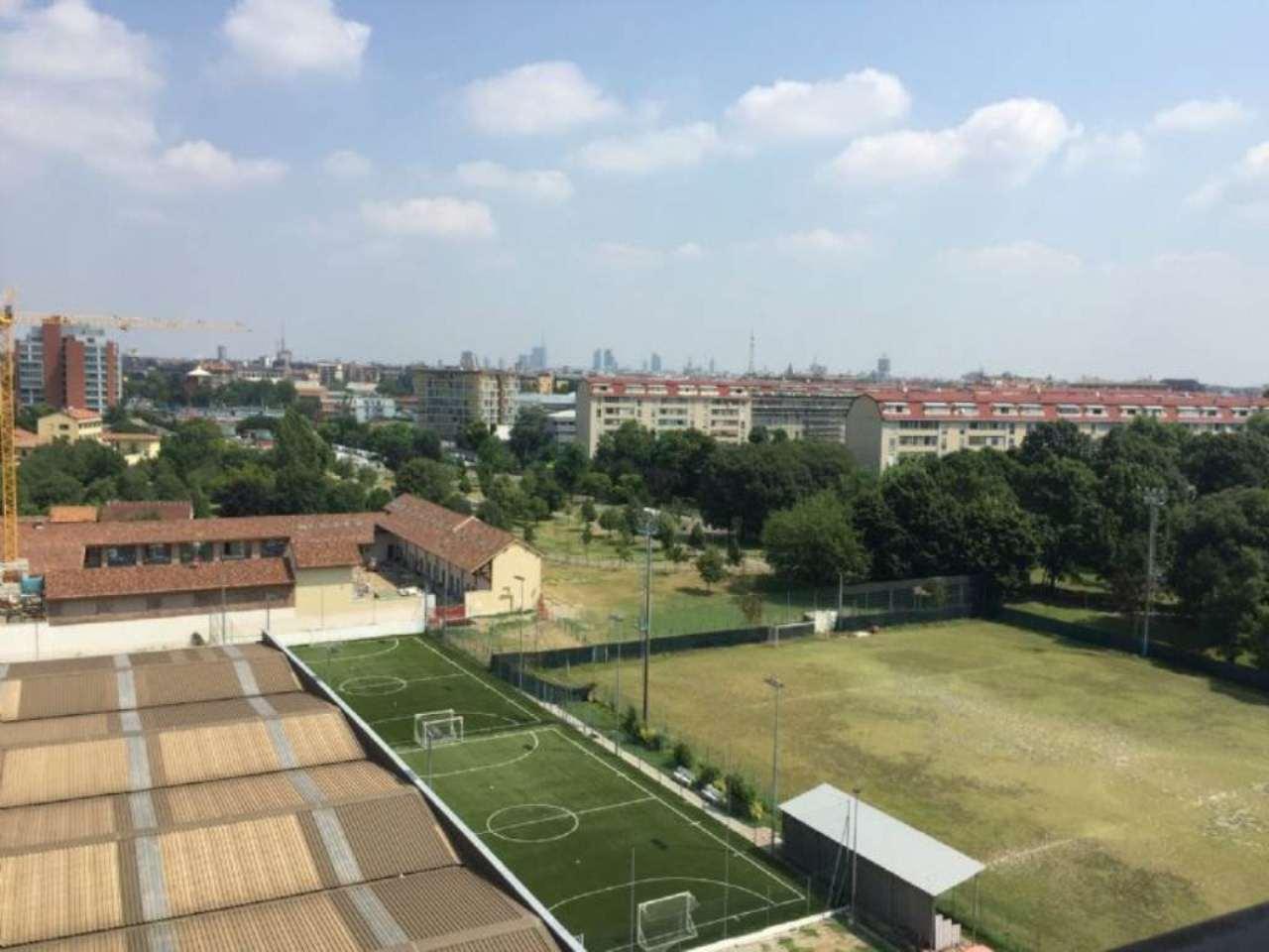 Bilocale Milano Via Famagosta 3