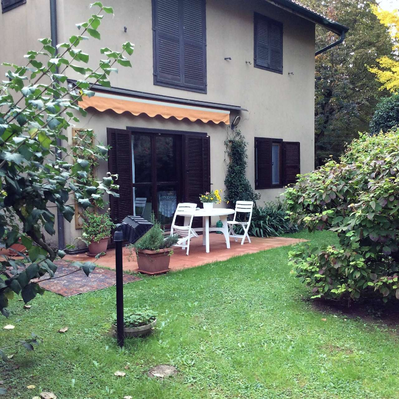 Villa in Vendita a Barlassina: 3 locali, 152 mq