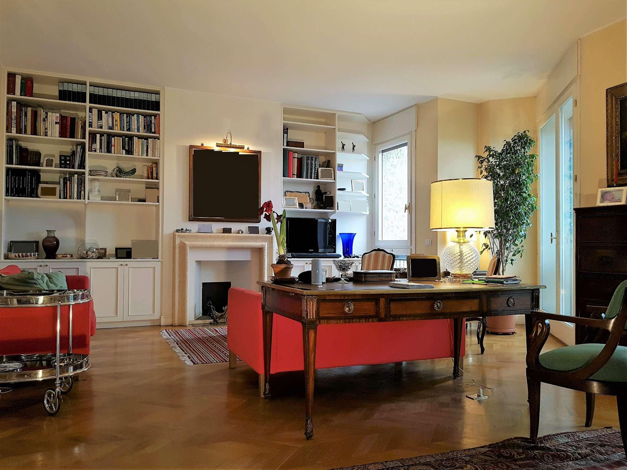 Appartamento in Vendita a Milano: 3 locali, 128 mq - Foto 3