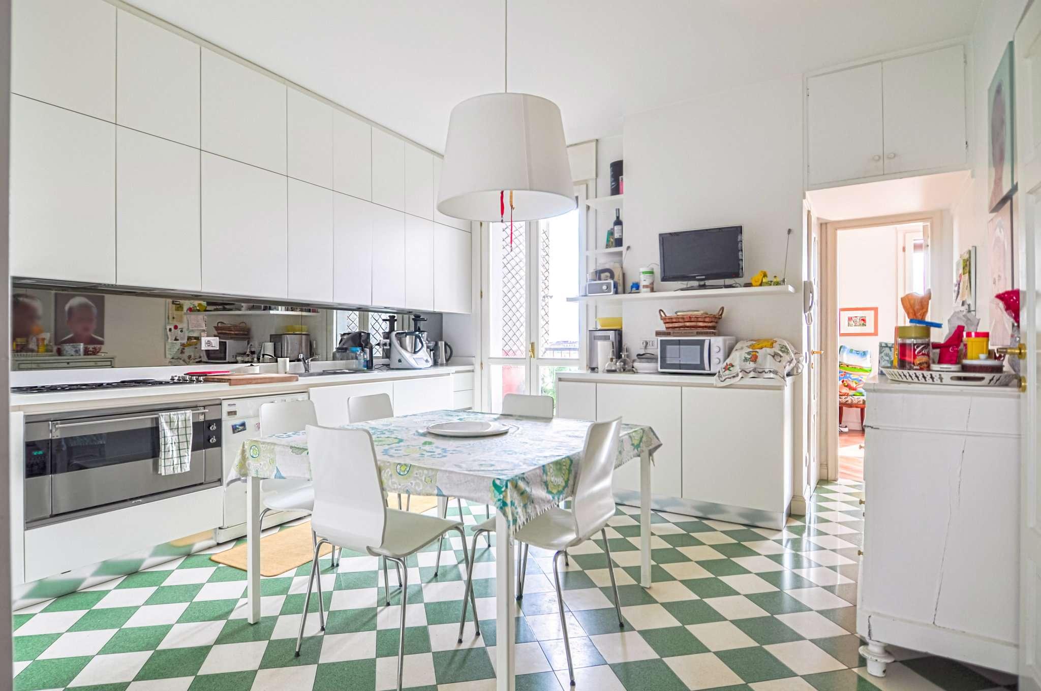 Appartamento in Vendita a Milano: 5 locali, 272 mq - Foto 8